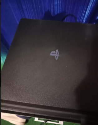 AU500 • Buy Very Good Condition PS4 PRO With 3 Games