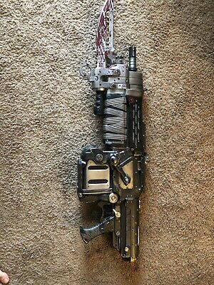 $200 • Buy Gears Of War 3 Official Bloody Retro Lancer Neca Weapon Replica