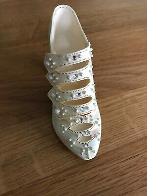 Just The Right Shoe Ornament Edwardian Grace Raine Willetts 1999 • 2.50£