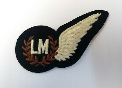 British Royal Air Force (R.A.F.) Load Master 'LM' Cloth Half Wing Brevet Badge  • 7.99£