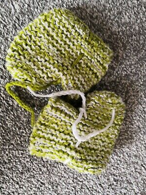 Hand Knitted Baby Shoes • 0.99£