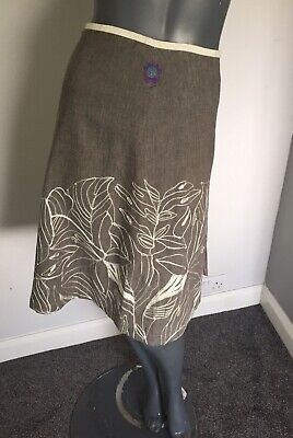 St Martins Size Small 30  Waist Grey And White Skirt With Leaf Embroidery Detail • 25£