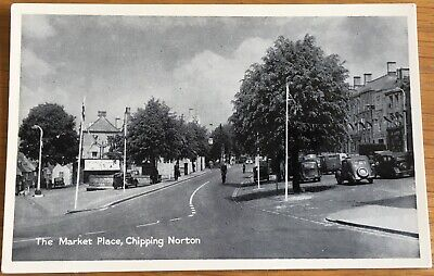 £1.50 • Buy Vintage Postcard The Market Place, Chipping Norton - Old Cars