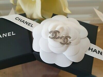 AU790 • Buy Chanel Classic CC Earring Stud Crystal With Silver Hardware