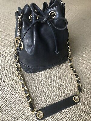 AU1300 • Buy Vintage Chanel Women's Leather Drawstring Bag Black Shoulder CC Chain