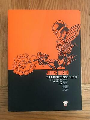 Judge Dredd The Complete Case Files 06 Graphic Novel  • 10£