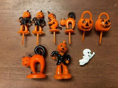 $ CDN52.84 • Buy Vintage Lot 8 Halloween Plastic Cupcake Picks Toppers Witch Scarecrow Cat