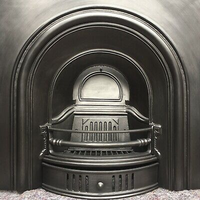 Cast Iron Fireplace / Fire Surround / Insert / Victorian Arch Style / Solid Fuel • 320£