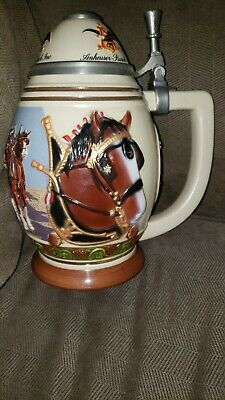 $ CDN13.33 • Buy Budweiser Lidded Holiday Stein Living The Legacy 2001 Membership Stein