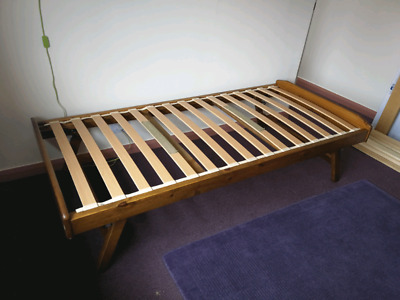Single Pullout Underbed • 35£