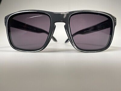 AU125 • Buy Genuine New Old Stock Oakley 009102-41 Holbrook Sunglasses Polished Black