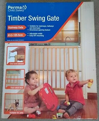 Timber Swing Gate - Perma Child Safety • 14£