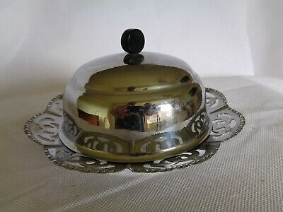 Silver Plated Butter Dish With Lid • 10£