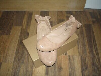 Beautiful    See By Chloe   Blush/Tan Leather Pumps Large Bow Perforated UK6.1/2 • 14.50£
