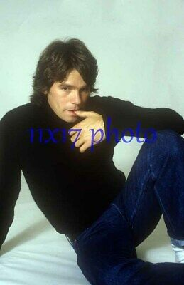 $14.50 • Buy #2556,RICHARD DEAN ANDERSON,macgyver,stargate,11X17 POSTER SIZE PHOTO
