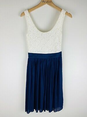 AU45 • Buy Forever New Size 6 Dress White Lace Pearl Blue Pleated Skirt Alexia Knit BNWT