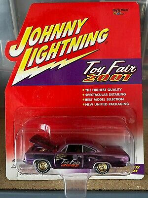 Johnny Lightning 2001 Toy Fair 70 Plymouth Road Runner Moc Gorgeous! • 10.24£