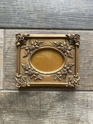 Beautiful Oval Gold Coloured Gilt Rococo Style Picture Frame Wall Hanging Flower • 19.99£