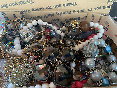 $ CDN18.44 • Buy Vintage To Now Jewelry Lot Unsearched Untested Estate Finds B7