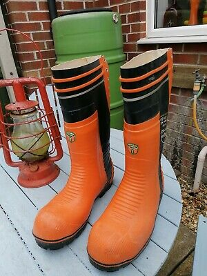 CLASS 3 CHAINSAW BOOTS SIZE 9.5uk ORANGE Natural Rubber • 14.99£