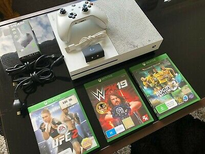 AU180 • Buy Microsoft Xbox One S 1TB + 1 Controller With Rechargeable Battery Pack + 3 Games
