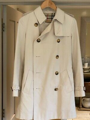 Beige Classic Burberry Women's Trench Coat. A1 Condition. Size 10. • 42£