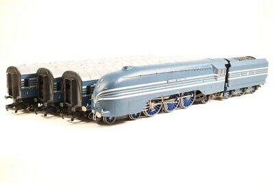 £379.95 • Buy Hornby No.2371 Coronation Scot Train Pack-Limited Edition-DCC Ready-NEW IN BOX