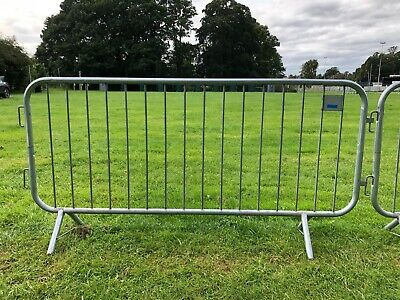 Pedestrian Crowd Control Barrier 2.3m • 15£