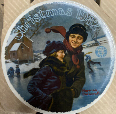 """$ CDN13.15 • Buy Norman Rockwell's """"Christmas Courtship"""" Collectible Plate"""