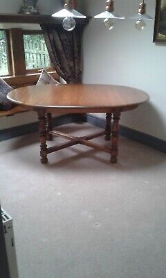Ercol Woburn Extending Dining Table • 250£