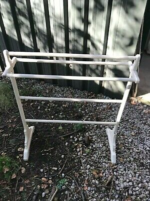 Antique Cream Wooden Solid Pine Painted Free-standing Towel Clothes Rail • 25£
