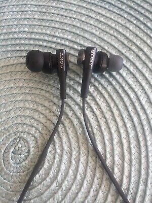 Sony Wired Headphones (with Mic) • 1.50£