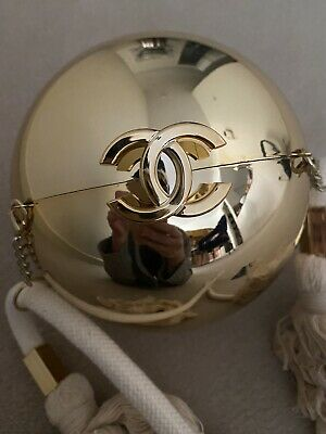AU650 • Buy Chanel VIP Gift Gold Ball Bag