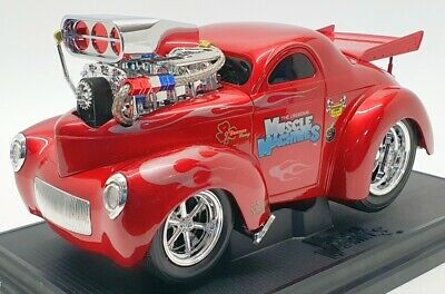 Muscle Machines 1/18 Scale Model Car 71166 - 1941 Willys Coupe - Red • 89.99£