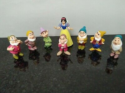 Vintage Disney. Miniature Snow White And The Seven Dwarves Figures.Mattel 1993.  • 15£