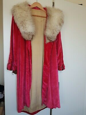 Antique 1920's Silk Velvet And Fur Opera Coat • 1,100£