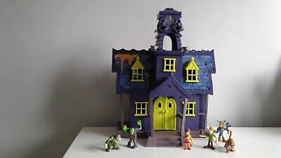 Scooby Doo Haunted Mansion & Figures • 45£