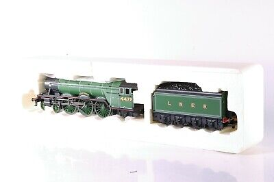 Class A3 4-6-2 4472  Flying Scotsman  & Tender In LNER Green By Hornby R2261 • 79.50£