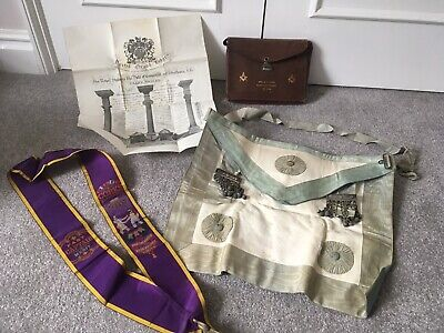 Antique Masonic Regalia From 1918 Complete With Past Master Sash & Certificate. • 4£