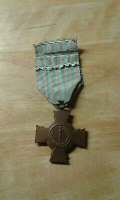 Ww2 French Combat Cross Medal 1939-45 • 4.99£