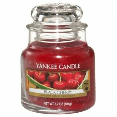 Yankee Candle Black Cherry Small Jar Candle (hp) • 10.72£