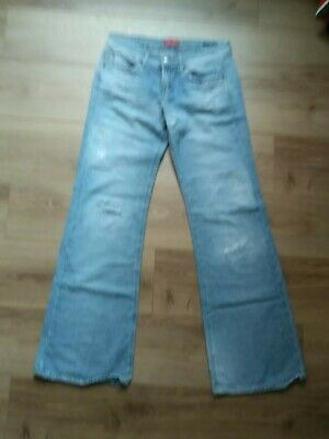 Indian Rose Distressed Jeans - Size 31 • 7.99£