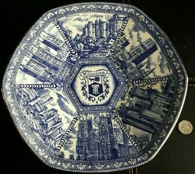 RINGTONS MILLENIUM  2000 PLATE BY WADE. BOXED With Plate Stand, Good Condition • 2.99£