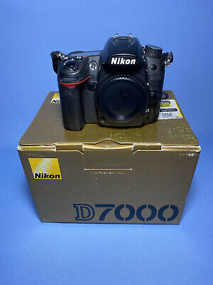 Nikon D7000 Body With Box, Charger, Battery, Strap. • 200£