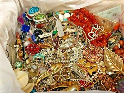 $ CDN64.58 • Buy 12 Lbs Lot LARGE Flat Rate Box Of Vintage To New Jewelry Includes Signed Pieces