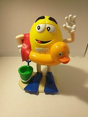 M And M Sweet Dispenser ON THE BEACH  • 8£