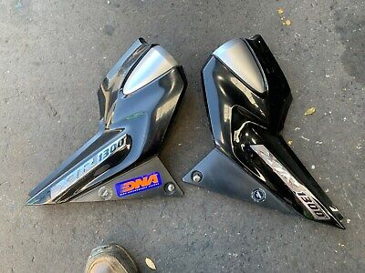 AU60 • Buy Yamaha Xjr1300 Injected Model Only, Pair Of Side Covers