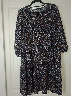 AU28 • Buy Berska Floral Smock Dress Size Large