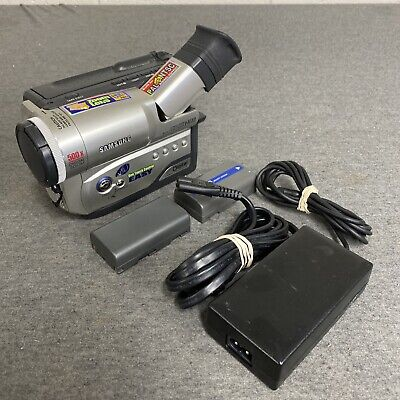 $ CDN216.89 • Buy Samsung SCW61 8mm Camcorder Hi8 Video W/ Charger