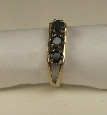 9ct Gold Ring Set With 3 Round Cut Sapphires Size M - 2 Grams • 28£